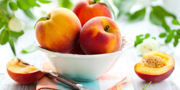 Are Peaches Keto? | Ketogenic Diet Reviews